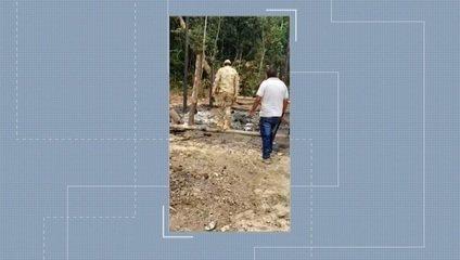 Casa da família foi incendiada pelos criminosos