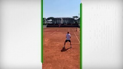 Pedro Boscardin treina com Novak Djokovic em Roma