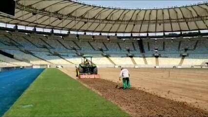 Confira o processo de troca do gramado do Maracanã