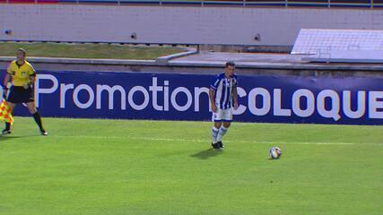 Gol do CSA! Rafinha cobra falta na área e Alan Costa cabeceia para o gol do Cruzeiro