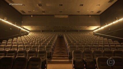 10% das salas de cinema voltam a funcionar com máscaras e distanciamento obrigatórios