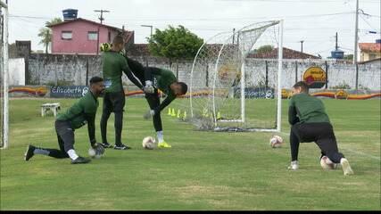 Sem Felipe, Botafogo-PB segue com Samuel no gol contra o Paysandu