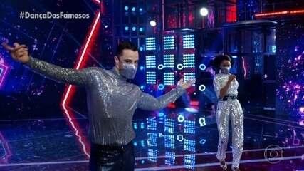 Felipe Titto e Brennda Martins dançam Stayin` Alive