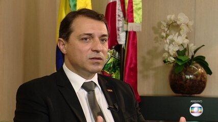 Carlos Moisés, governador de Santa Catarina, é alvo de mandado de busca e apreensão