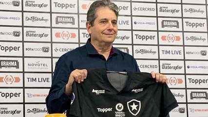Ricardo Rotenberg fala sobre possíveis contratações do Botafogo