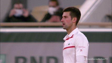 Com ás, Djokovic fecha o terceiro set em 6/3 contra Carreño Busta