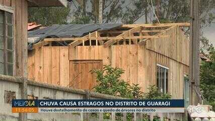 Chuva derruba árvores e destelha casas em distrito de Ponta Grossa