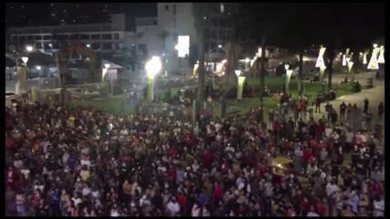Círio: Noite de quarta, 7, tem aglomeração em frente à Basílica de Nazaré, em Belém