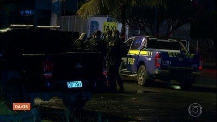 Confronto entre polícia e milicianos deixa 12 bandidos mortos no Rio