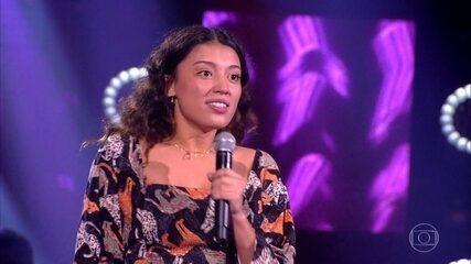 """Ana Carvalho canta """"Onde Anda Você"""""""