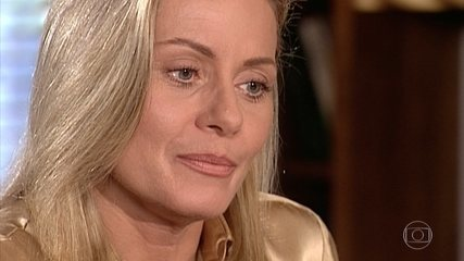 Helena vai ao quarto de Edu e pede um tempo no relacionamento