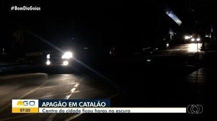 Centro de Catalão sofre apagão