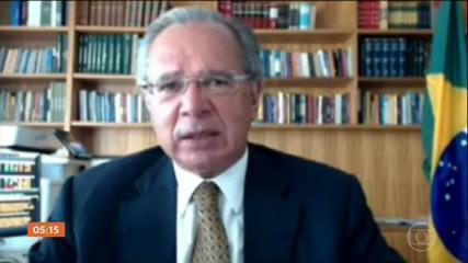 Paulo Guedes defende que o pior da pandemia já passou e que a economia dá sinais de recuperação