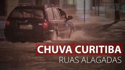VÍDEO: Chuva alaga ruas de Curitiba
