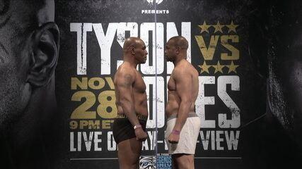 Mike Tyson e Roy Jones Jr. fazem encarada tensa após passarem pela pesagem