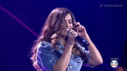 Sofia Moreno canta 'Saudade' na Rodada de Fogo