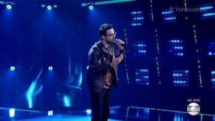 Douglas Ramalho canta 'Meu Abrigo'