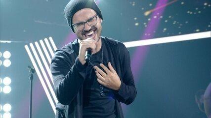 Douglas Ramalho canta 'Stay With Me'