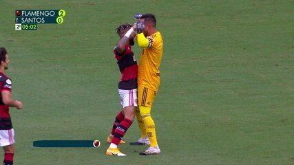 Gol do Flamengo! Gabriel Barbosa cobra pênalti com estilo e marca, aos 4' do 2T