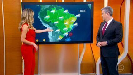 Semana começa com chuva em quase todo o Brasil