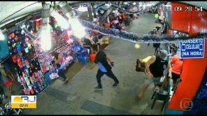 Homem armado passa correndo na estação de trem de Campo Grande e assusta passageiros