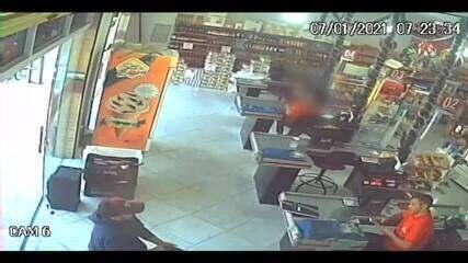 Vídeo mostra assassinato de operador de caixa dentro de supermercado no RN
