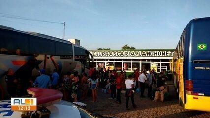 Dois ônibus são apreendidos por transporte clandestino em São Sebastião, AL
