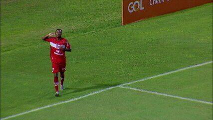 Gol do CRB! Bill recebe de Lucão e marca contra o Guarani