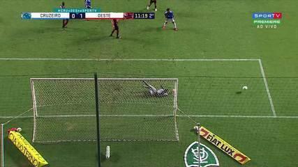 Melhores momentos de Cruzeiro 0 x 1 Oeste pela Série B do Campeonato Brasileiro