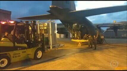 Força Aérea Brasileira envia cilindros de oxigênio para Manaus