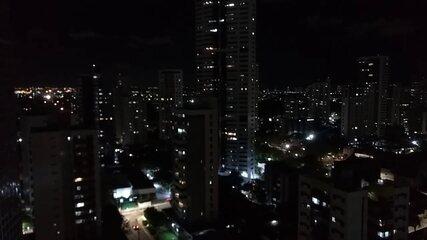 Bairros do Recife têm panelaço com gritos de 'Fora Bolsonaro'