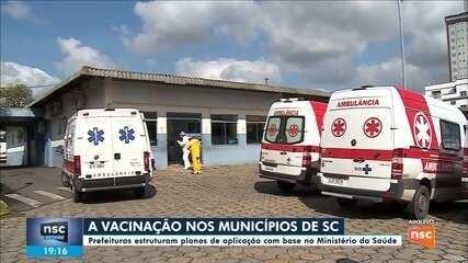 Prefeituras de SC estruturam planos de vacinação contra Covid