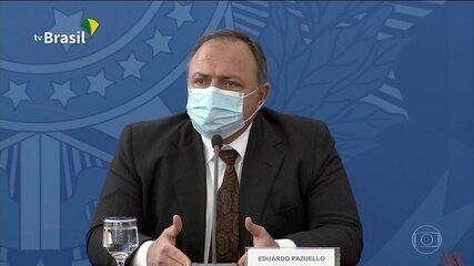 Ministro da Saúde muda o tom e diz que nunca defendeu o uso de remédios contra Covid