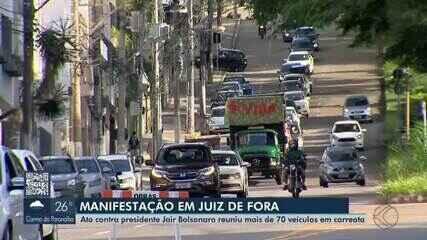 Em Juiz de Fora, manifestantes fazem ato a favor da vacina e contra Bolsonaro