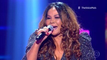 Abadia Pires se apresenta no palco do The Voice +