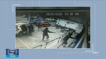 Cooperativa de crédito é alvo de assalto em Blumenau