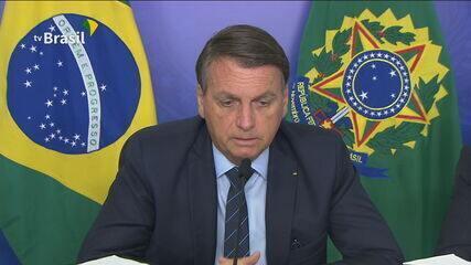 Bolsonaro defende 'vacina privada' com repasse parcial ao SUS