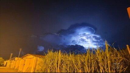 Moradores registram clarão no céu de Goianésia