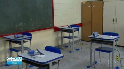 Pais de alunos da rede municipal ainda não sabem os dias da semana em que os filhos terão aulas presenciais