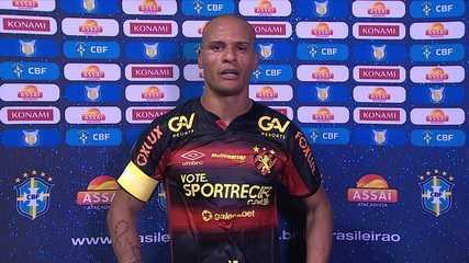"""Patric admite falhas em gols do Flamengo: """"Culpa toda minha. Assumo a responsabilidade"""""""