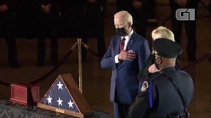 VÍDEO: Policial morto após ataque ao Congresso dos EUA é homenageado no Capitólio
