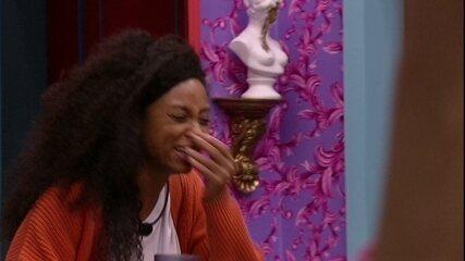 Lumena ri de Gil após desabafo e Karol Conká opina: 'Está dando um ataque na sala'