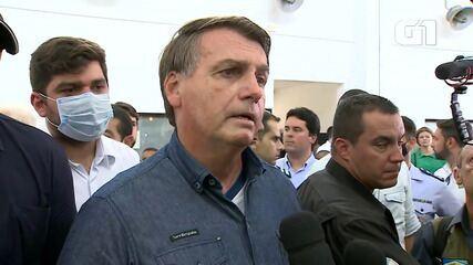 Bolsonaro diz que auxílio emergencial deve ser estendido por '3 ou 4 meses'