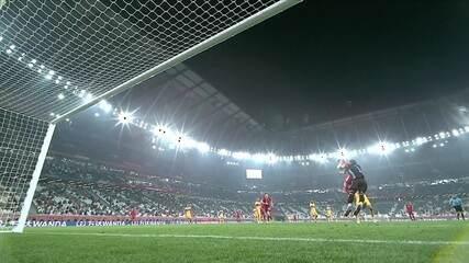 Na Central do Apito, PC Oliveira diz que gol do Pavard pelo Bayern foi irregular