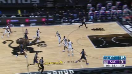 Melhores Momentos: Orlando Magic 123 x 112 Sacramento Kings pela NBA
