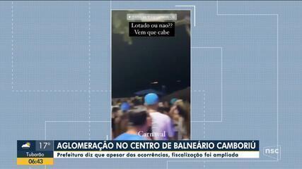 Aglomeração de pessoas é registrada no Centro de Balneário Camboriú