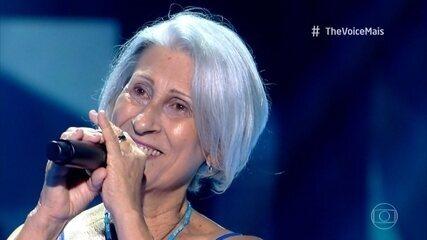 Nana Barcelos canta 'O Barquinho'
