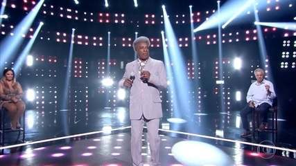José Mariano canta 'Lilás'