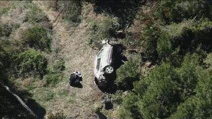 Campeão de golfe Tiger Woods sofre acidente de carro nos EUA