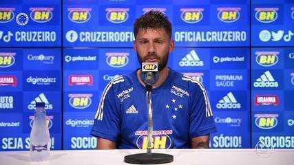 Novo técnico do Cruzeiro, Felipe Conceição tem agradado os jogadores do elenco